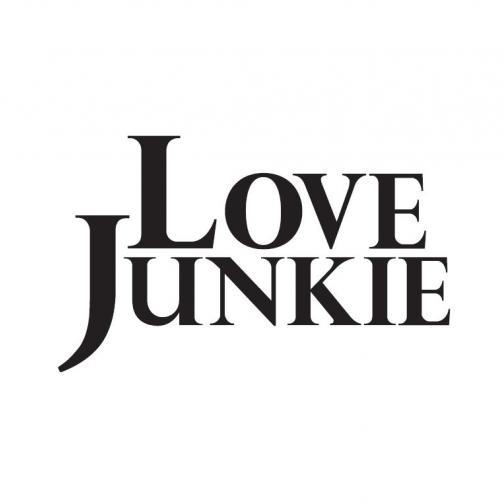 LOVE JUNKIEのロゴ